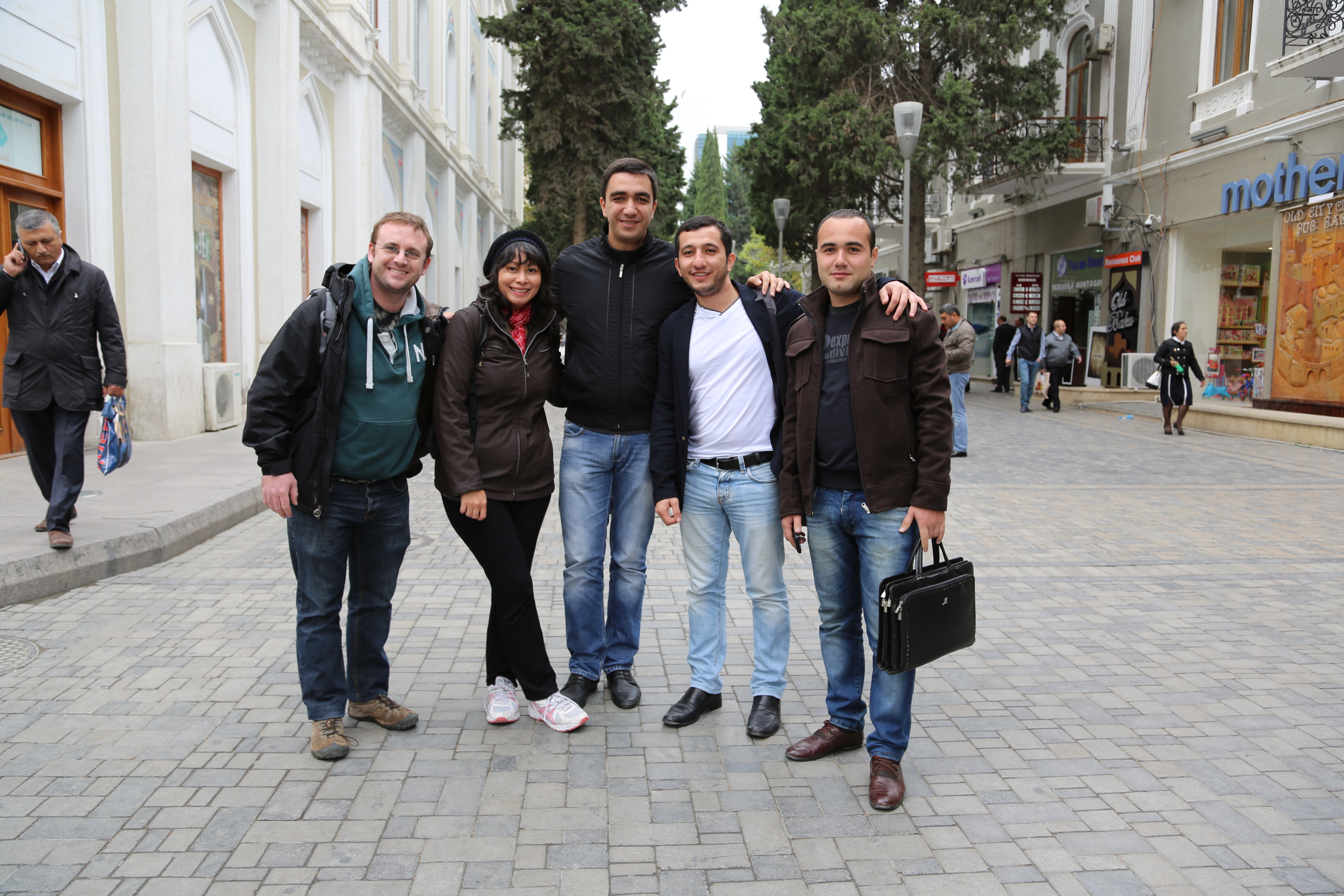 Azerbaijan People Qo Related Searches Qsrc 1